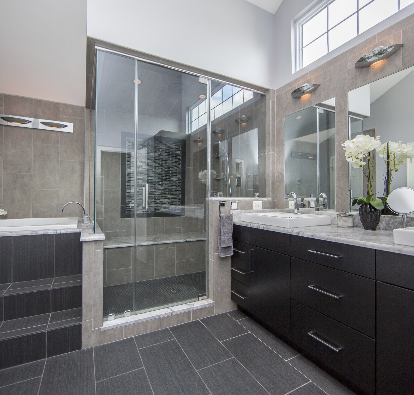 remodeled bathrooms with tile reimagining a master bathroom with laticrete products 20148